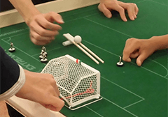 【4月】はじいて遊ぼう おはじきサッカー体験会