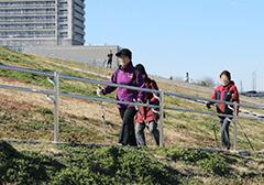 【4月】家族ふれあいスポーツ広場 ノルディックウォーキング